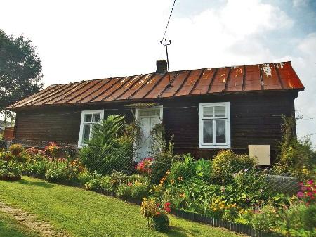 Ryłowice.Dom drewniany z1930 roku Anny Turkot. Zamieszkały.