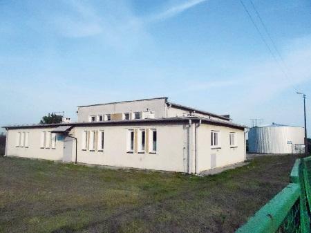 Budynek przepompowni wody wSzewcach.